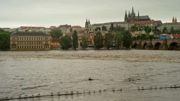 central-europe-floods-evacuate.si